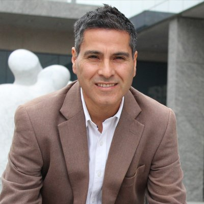 Manuel Lobos